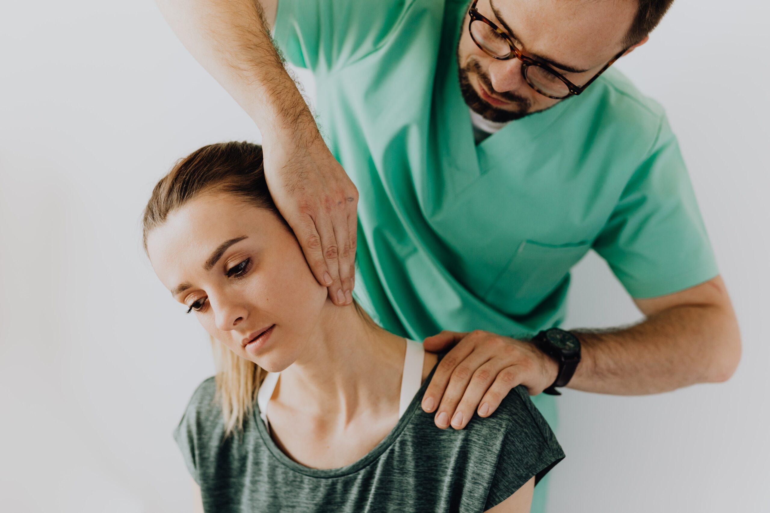 Грыжа шейного отдела позвоночника симптомы и лечение